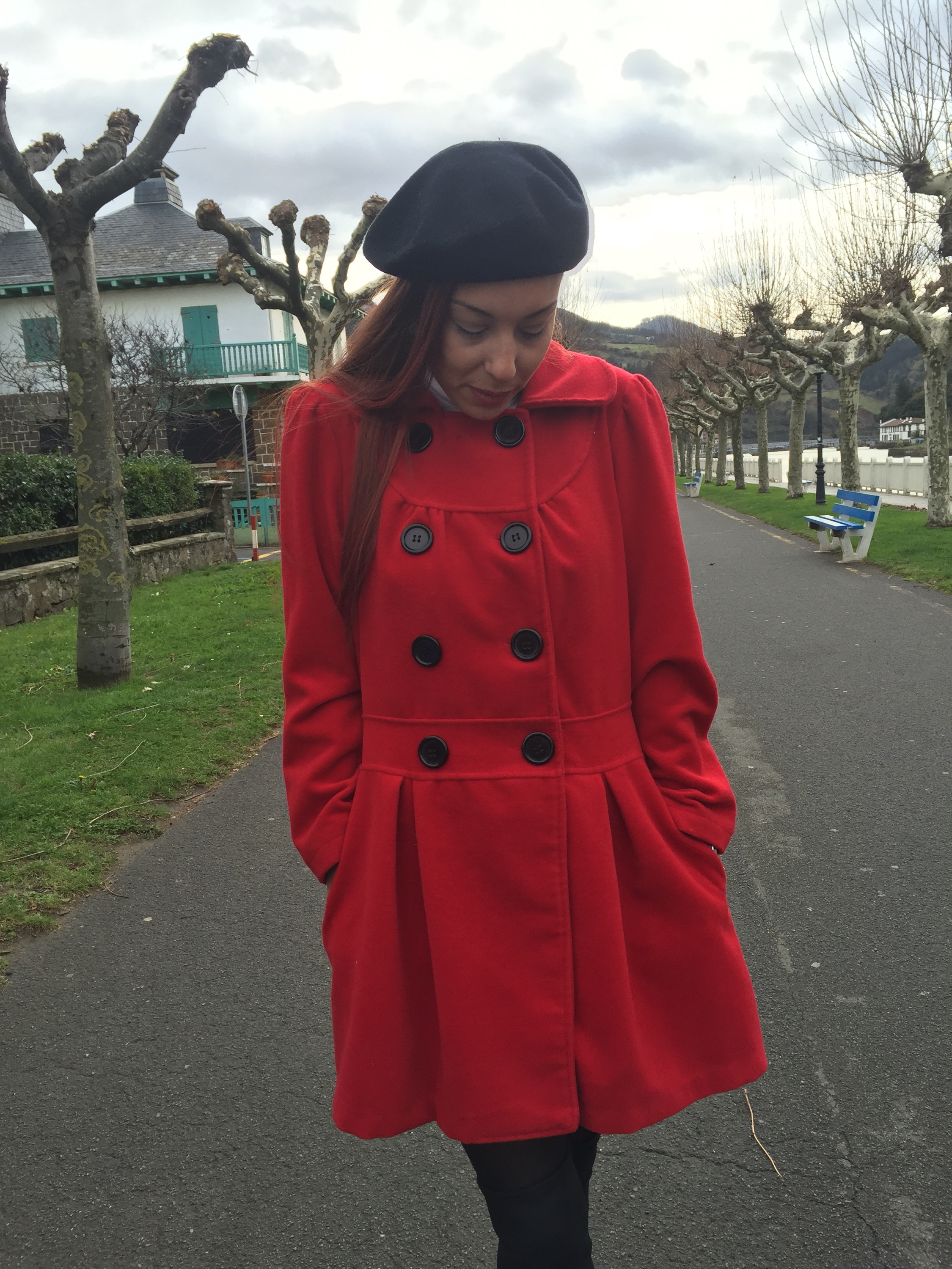 Abrigo rojo - Red coat
