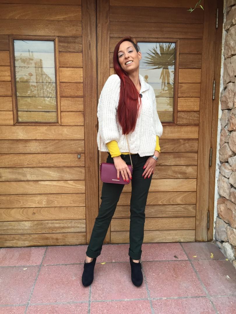 0954988a73 COLOR LOOK  COMO COMBINAR PANTALONES VERDE PINO – Mi cóctel de moda – Ibiza  fashion blogger   influencer