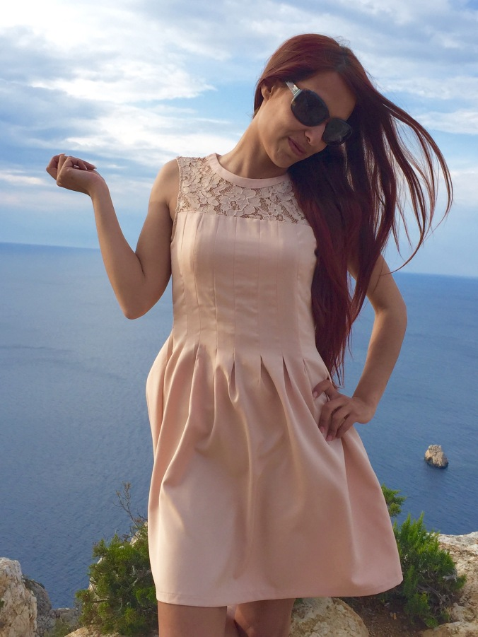 vestido de encaje