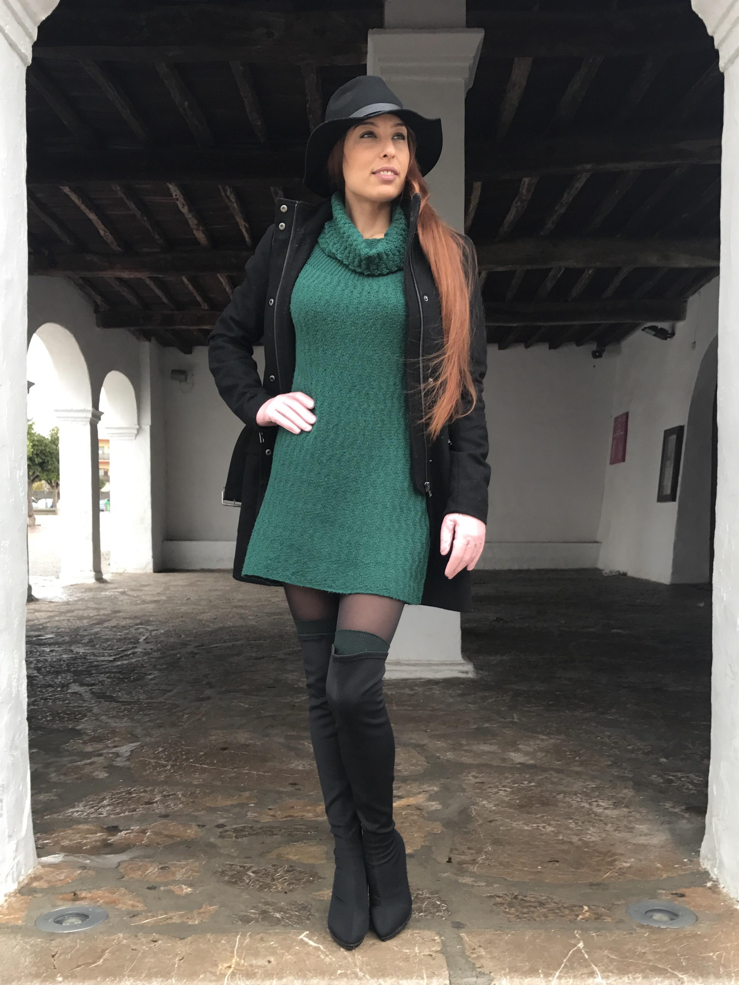 Look para el fru00edo Vestido de punto y botas altas u2013 Mi cu00f3ctel de moda u2013 Ibiza fashion blogger ...