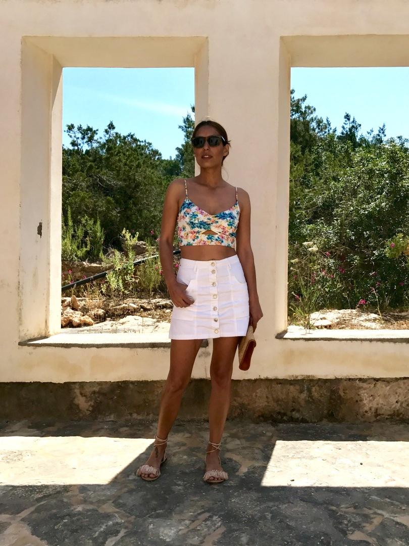 7ef3023f07 Look con crop top floral – Mi cóctel de moda – Ibiza fashion blogger    influencer