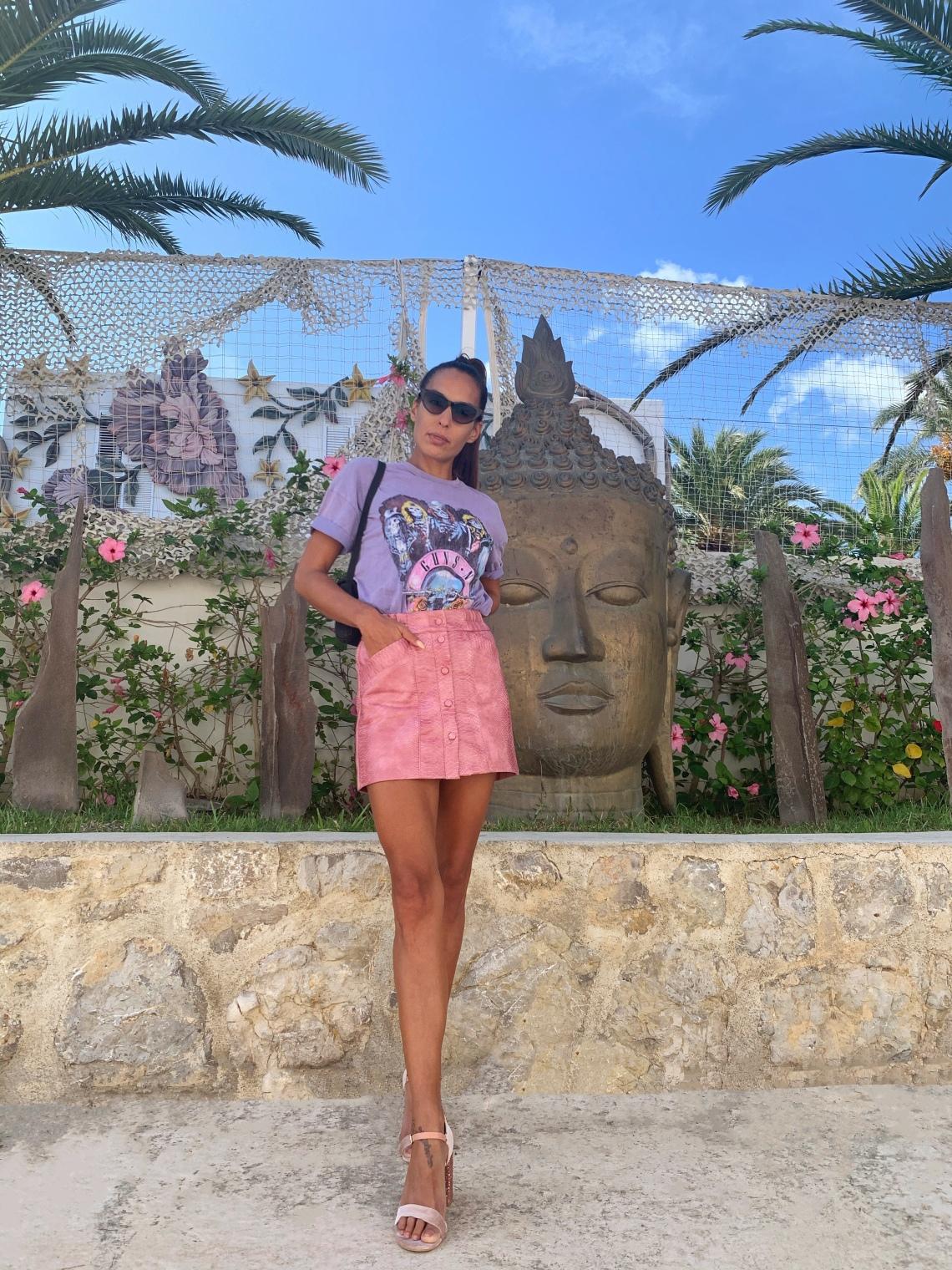 Look Lila y rosa, camiseta guns nd roses, falda rosa