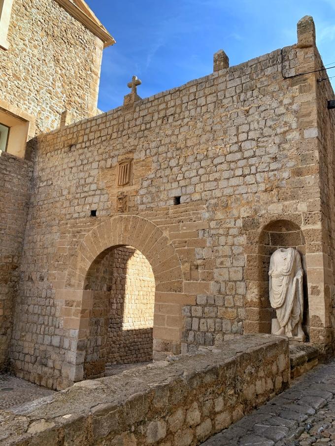 Plaza de Vila Dalt Vila Ibiza